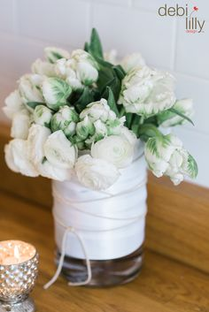 If you want a fresh clean look, just place white roses or other flowers you prefer in this Debi Lilly™ vase! Make it easy; spruce your space up without the stress.
