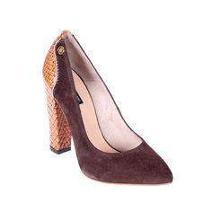 Salón marrón / Brown high heel #cuple