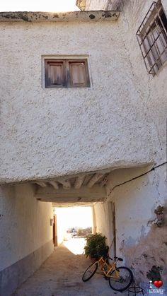 Tinao de Mecina Bombarón Granada, Mirror, Furniture, Home Decor, Grenada, Interior Design, Home Interior Design, Arredamento, Mirrors