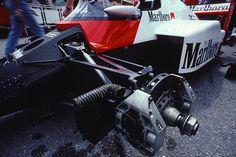 McLaren MP4/2 - TAG-Porsche TTE PO1, 1,499 cc (91.5 cu in), 90° V6, turbo, mid-engine, longitudinally mounted