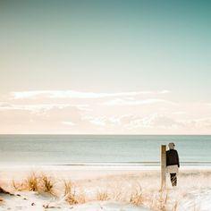 Majestuosos lagos, imponentes montañas, hermosas playas de arena negra…