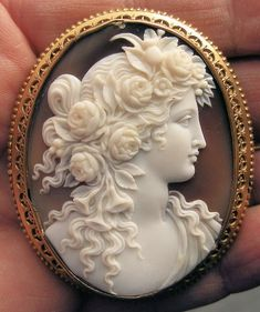 Beautiful Victorian Cameo