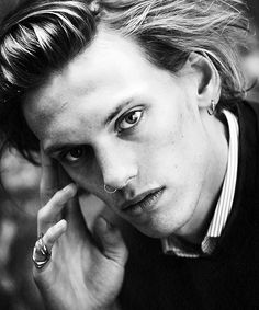 Dudley Media Group Reveals the Hottie Of The Week: Jamie Campbell Bower