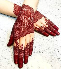 Henna is a sort of plant that develops in the Mediterranean zone. The leaves of the henna plant are ground to shape a fine powder, which is then blended in with water to make a thick mud-like glue.
