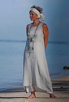 Blue linen gauze tunic with an off white harem-pant -:- AMALTHEE CREATIONS -:- Modest Fashion, Fashion Outfits, Womens Fashion, White Harem Pants, Mode Simple, Vetement Fashion, Linen Tunic, Fashion Over 50, Linen Dresses