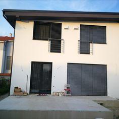 Bratislava, Garage Doors, Outdoor Decor, Home Decor, Homemade Home Decor, Interior Design, Home Interiors, Decoration Home, Home Decoration
