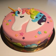 Number 1 Cake, Unicorn Pictures, Girl Cakes, Kids And Parenting, Party Time, Cake Recipes, Cake Decorating, Food And Drink, Birthday Cake