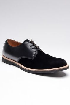 Smart black oxfords. I do love the look of these with some jeans!!!