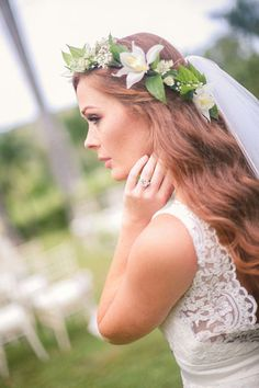Getting married in a destination affair? Incorporate local flora and fauna, like this Hawaiian-inspired headpiece.