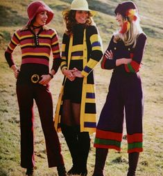 A 1970s ad for 'Knits to Go Nuts About' fashion photo print ad