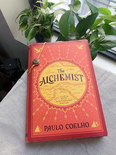 14 Books That You Should Read For Self Development Book Nerd, Book Club Books, Book Lists, Good Books, Books To Read, My Books, Book Suggestions, Book Recommendations, Alchemist Book