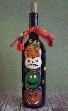 Hand Painted Halloween Wine Bottle...Halloween Decor...Fall Decor...Holiday Decor...Primitive...Folk Art