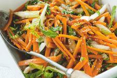 Snel oosters bijgerecht: wortel met paskoi, sesam en Japanse sojasaus - Recept - Allerhande