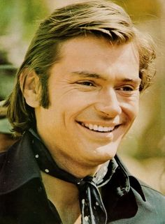 Peter Duel. Fantastic. Love that smile. Love the hair. Love... What can I say.  Had a poster of him on my wall as a teen too..