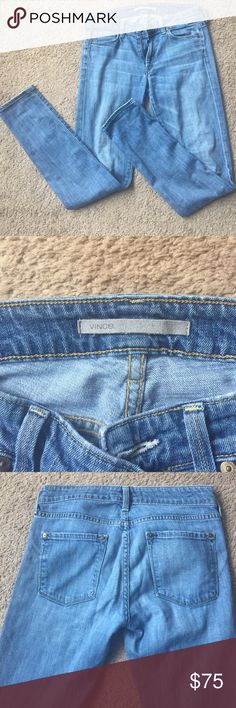 Vince super soft light denim skinny jeans These jeans will become your new favorite. Broken in softness and such a great wash for spring with a white tank and sandals! Size 27 Vince Jeans Skinny