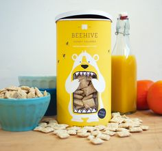Concept Branding and Packaging: 'Beehive Honey Squares' - By Lacy Kuhn Honey Packaging, Cereal Packaging, Clever Packaging, Food Packaging Design, Pretty Packaging, Packaging Design Inspiration, Brand Packaging, Packaging Ideas, Product Packaging