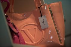 Peach patent bag at #NICCI