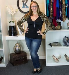 Sexy and sassy! Check out Kiyonna employee Michelle in the leopard print Sophie Sweater Shrug and Deidra Corset Top. Michelle is and wears a size Plus Size Womens Clothing, Plus Size Outfits, Plus Size Fashion, Clothes For Women, Chic Dress, Shrug Sweater, Trendy Plus Size, Casual Tops, Gorgeous Women