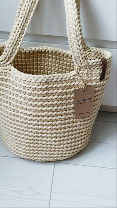 Crotchet Bags, Bag Crochet, Crochet Handbags, Crochet Purses, Knitted Bags, Crochet Yarn, Bag Pattern Free, Tote Pattern, Crochet Bag Tutorials