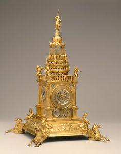 table clock, Milwaukee Art Museum