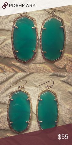 Kendra Scott Danielle earrings! Hardly worn original KS Danielle earrings with a teal, aqua colored stone. No tarnishes or discoloration. Kendra Scott Jewelry Earrings