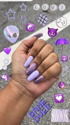Semi-permanent varnish, false nails, patches: which manicure to choose? - My Nails Purple Acrylic Nails, Summer Acrylic Nails, Best Acrylic Nails, Acrylic Nail Designs, Summer Nails, Neon Purple Nails, Orange Nails, Winter Nails, Aycrlic Nails