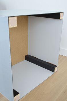 Lack IKEA hack : 8 idées à copier pour chez soi - Clem Around The Corner Printer Stand Ikea, Ikea Lack Tv Stand, Lack Table Hack, Ikea Lack Hack, Ikea Hack Storage, 3d Printer, Ikea White Side Table, Ikea Lack Side Table, Ikea Lack Coffee Table