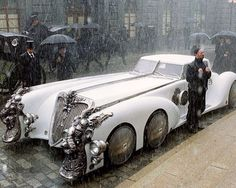 Retro-futuristic cars and more . / Captain nemo's car from the league of extraordinary gentlemen. Lovely and steampunk. Rolls Royce, Film Cars, Movie Cars, Vintage Cars, Antique Cars, Automobile, League Of Extraordinary Gentlemen, Auto Retro, Limousine
