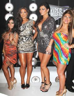 The girl's of Jersey Shore feeling confident and being themselves..hey gotta give them credit for that at least!!