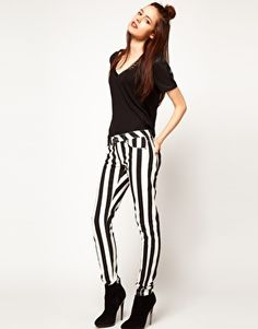 Outfits cn pantaloni a righe