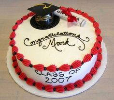 Round Graduation Cake Images : Graduation round/square cakes on Pinterest Graduation ...