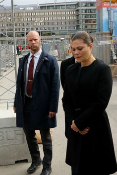 Crown Princess Victoria visited  the place of terrorism incident at Stockholm