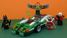 https://flic.kr/p/PHFAKf   LEGO 70903 : The Riddler Riddle Racer   Hey LEGO Batman Movie fans it's Alex here and today I have built this amazing set  In this set there is a very detailed and colored car like this set : www.bricklink.com/v2/catalog/catalogitem.page?S=31056-1&a...{} For the minifigures, I love them aaaaallll !!!  There are Batman, The Riddler (my favorite minifig of this set), Kite Man, Calendar Man and Magpie  Original picture by me   P.S : You have also a