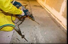 METHODEN VOOR BETON-INJECTIES Het injecteren van beton is vaak de meest geschikte methode om lekkage via scheuren in wanden en vloeren tegen te gaan en om gescheurd beton weer aan elkaar te 'lijmen'. Omdat de oorzaak en de aard van de scheurvorming in beton nogal kunnen verschillen, zijn meerdere typen methoden en vloeistoffen voor het injecteren van beton ontwikkeld.