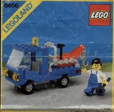 Thousands of complete LEGO building instructions by theme. Here you can find step by step instructions for most LEGO sets. All of them are available for free. Lego Sets, Tow Truck, Trucks, Modele Lego, Durham Museum, Car Workshop, Free Lego, Vintage Lego, Lego Instructions