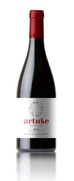 Artuke Maceración Carbónica. D.O. Rioja. Wine of Spain  Hemos querido plasmar mediante esta nueva presentación, la sencillez y frescura de un vino fácil de beber a la vez que serio.  #taninotanino #vinosmaximum
