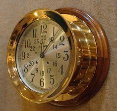 https://i.pinimg.com/736x/2e/cd/86/2ecd86ba5fcc343dd44c978315cc682e--vintage-clocks-antique-clocks.jpg