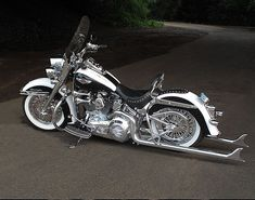 Another Another favorite. #harleydavidsonsoftaildeluxe