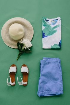 Summer days with no agenda call for sun hats and pastels. Shop all new summer arrivals from Gap.