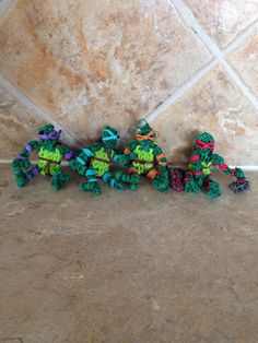 Rainbow Loom NINJA TURTLES. Designed and loomed by Cheryl Spinelli. See Tutorial Board for pictorial.
