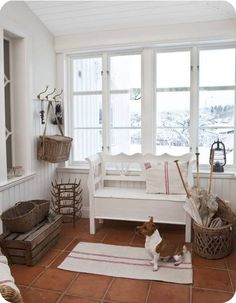 White, warm atmosphere.   BTW, this blog is amazing!