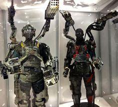 esoscheletro the age of tomorrow