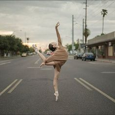 Ballerina Project shoots Juliet Doherty in the Norma Kamali All in One dress Ballerina Poses, Ballet Dance Photography, Ballerina Project, Ballerina Drawing, Dance Picture Poses, Dance Poses, Ballet Pictures, Dance Pictures, Street Ballet