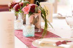 Mercidekor (@mercidekoreskuvo) • Instagram-fényképek és -videók Marvel, Table Decorations, Furniture, Instagram, Home Decor, Decoration Home, Room Decor, Home Furnishings, Home Interior Design