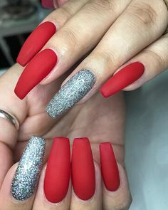 Pin by yadira balvin on nails matte coffin acrylic design Fabulous Nails, Gorgeous Nails, Pretty Nails, Nail Swag, Coffin Nails Matte, Acrylic Nails, Acrylics, Hot Nails, Hair And Nails