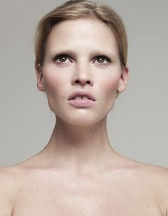 lara stone by lisa eldridge