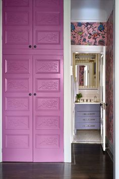 How to use wallpaper to tie a colour scheme together for several rooms