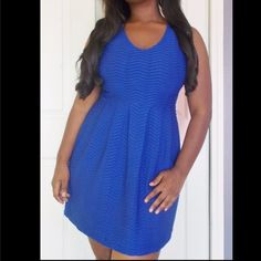 Textured blue dress Blue sleeveless dress with textured, stretchy fabric. No flaws. Size 8 Dresses Midi