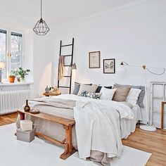 I wasn't able to do much physically today so I used the opportunity to write a new blog post: my ideas for creating a Scandi-style bedroom in your home, link in profile   Image is an oldie but a goodie from the amazing team at @introinred @stilreda P.S I NEED that ladder