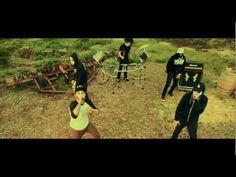 Hollywood Undead - Comin' in Hot (Official Music Video) HD